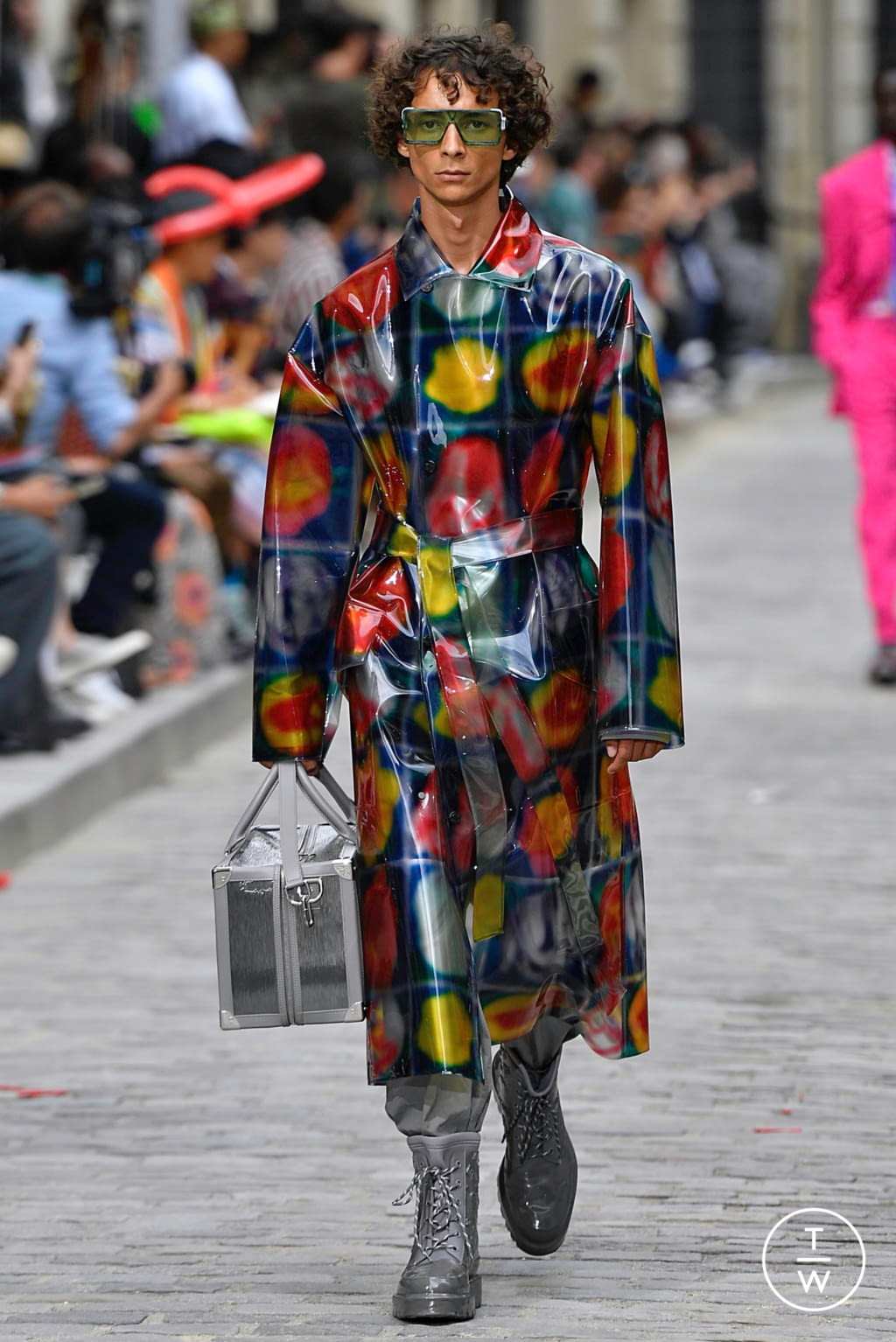 Fashion Week Paris Spring/Summer 2020 look 20 from the Louis Vuitton collection menswear