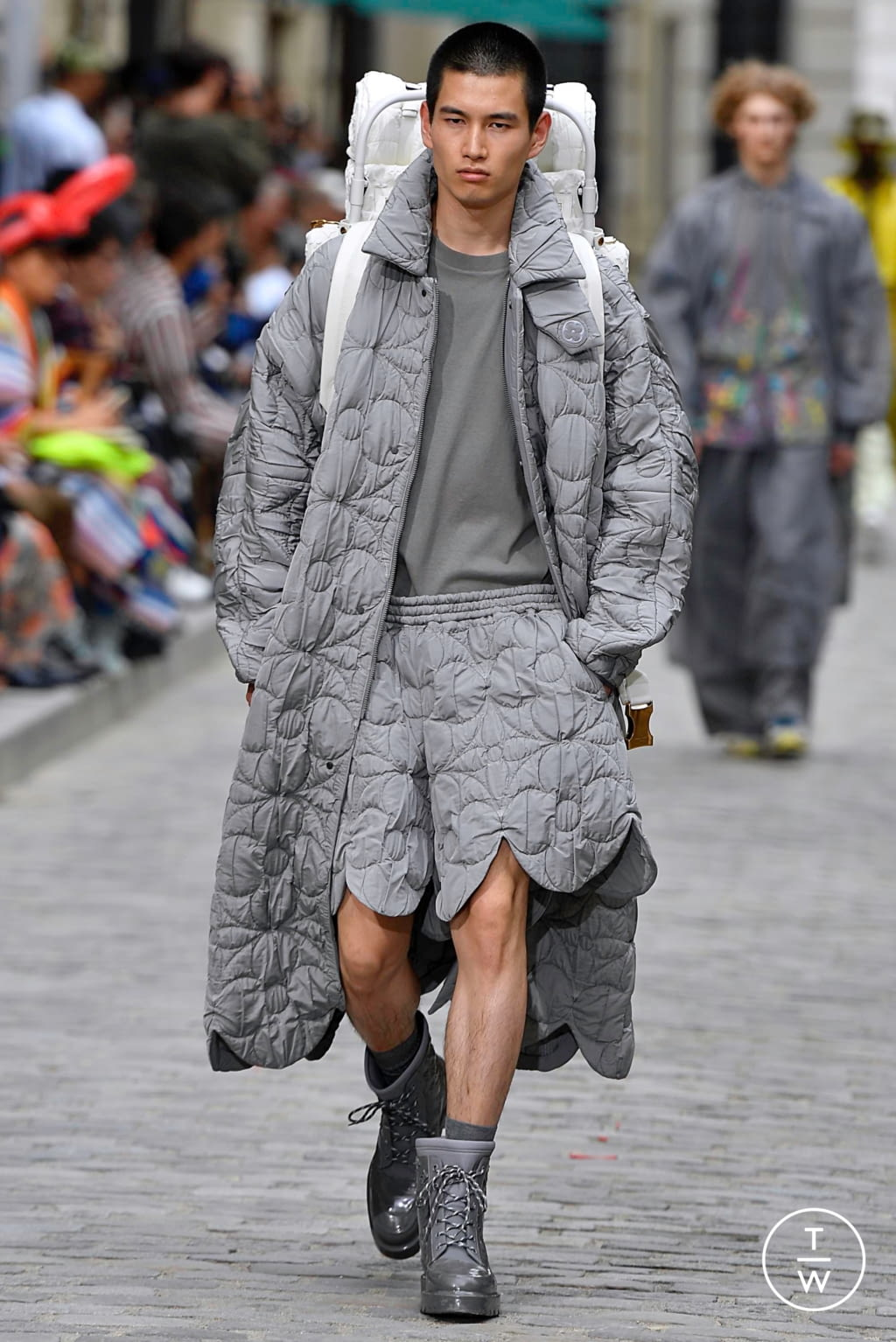 Fashion Week Paris Spring/Summer 2020 look 25 from the Louis Vuitton collection menswear