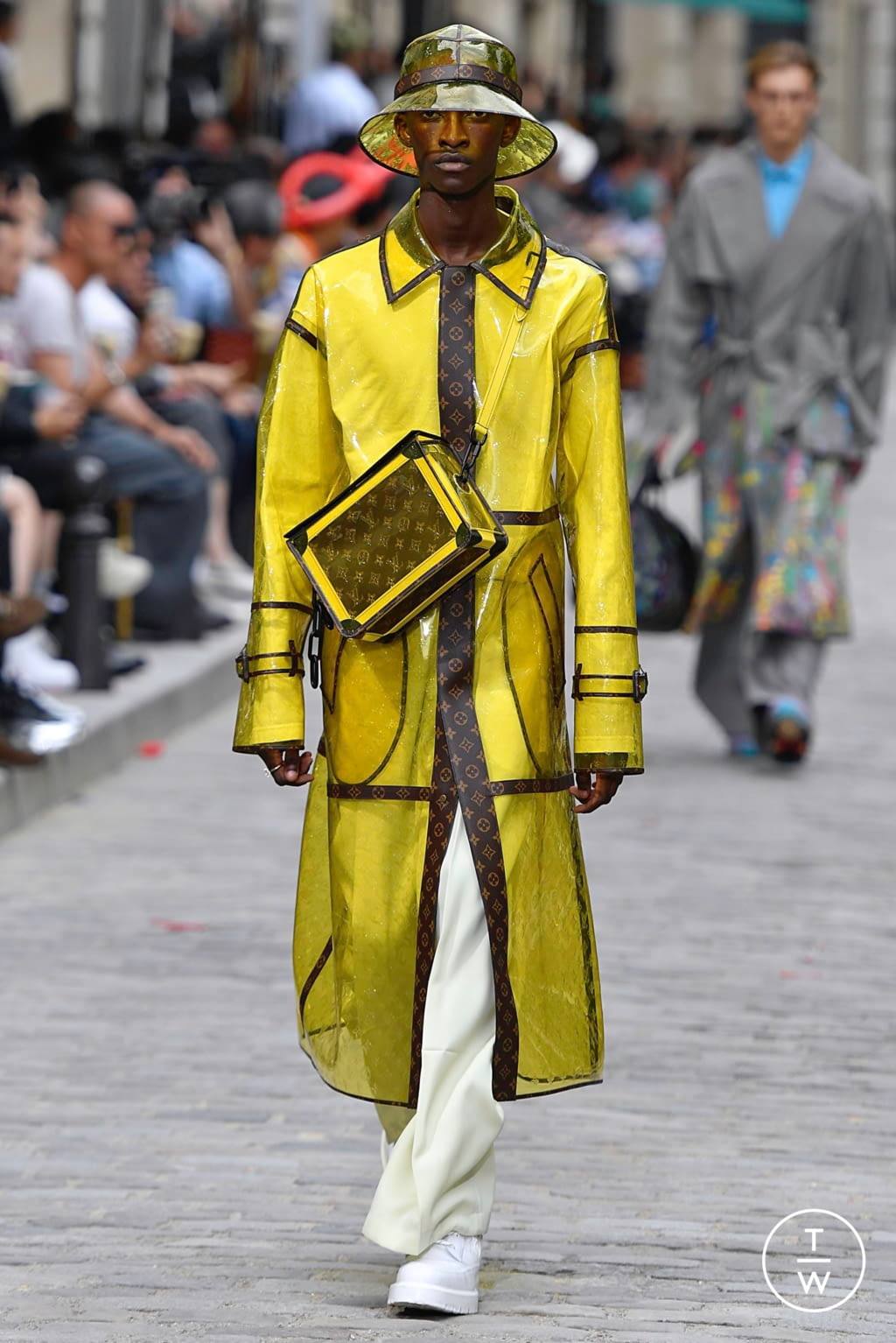 Fashion Week Paris Spring/Summer 2020 look 27 from the Louis Vuitton collection menswear