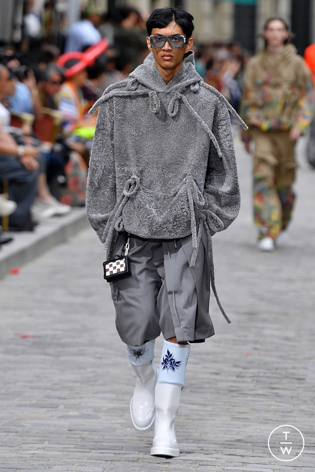Fashion Week Paris Spring/Summer 2020 look 29 from the Louis Vuitton collection menswear