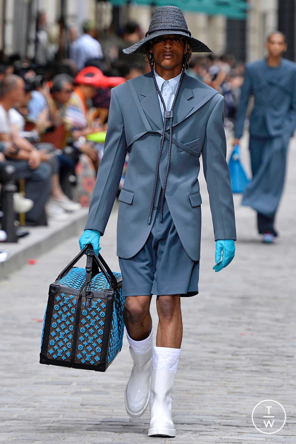 Fashion Week Paris Spring/Summer 2020 look 37 from the Louis Vuitton collection menswear