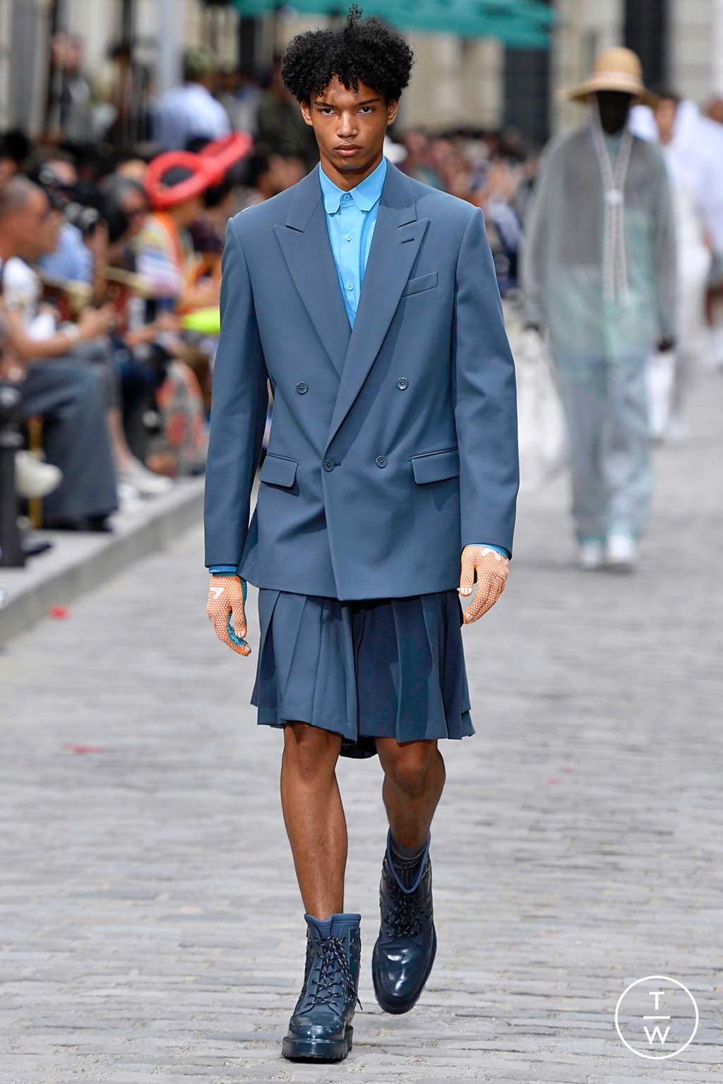 Fashion Week Paris Spring/Summer 2020 look 41 from the Louis Vuitton collection menswear
