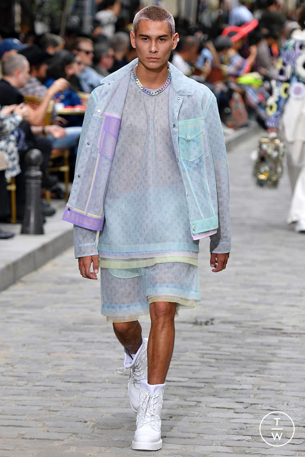 Fashion Week Paris Spring/Summer 2020 look 44 from the Louis Vuitton collection menswear