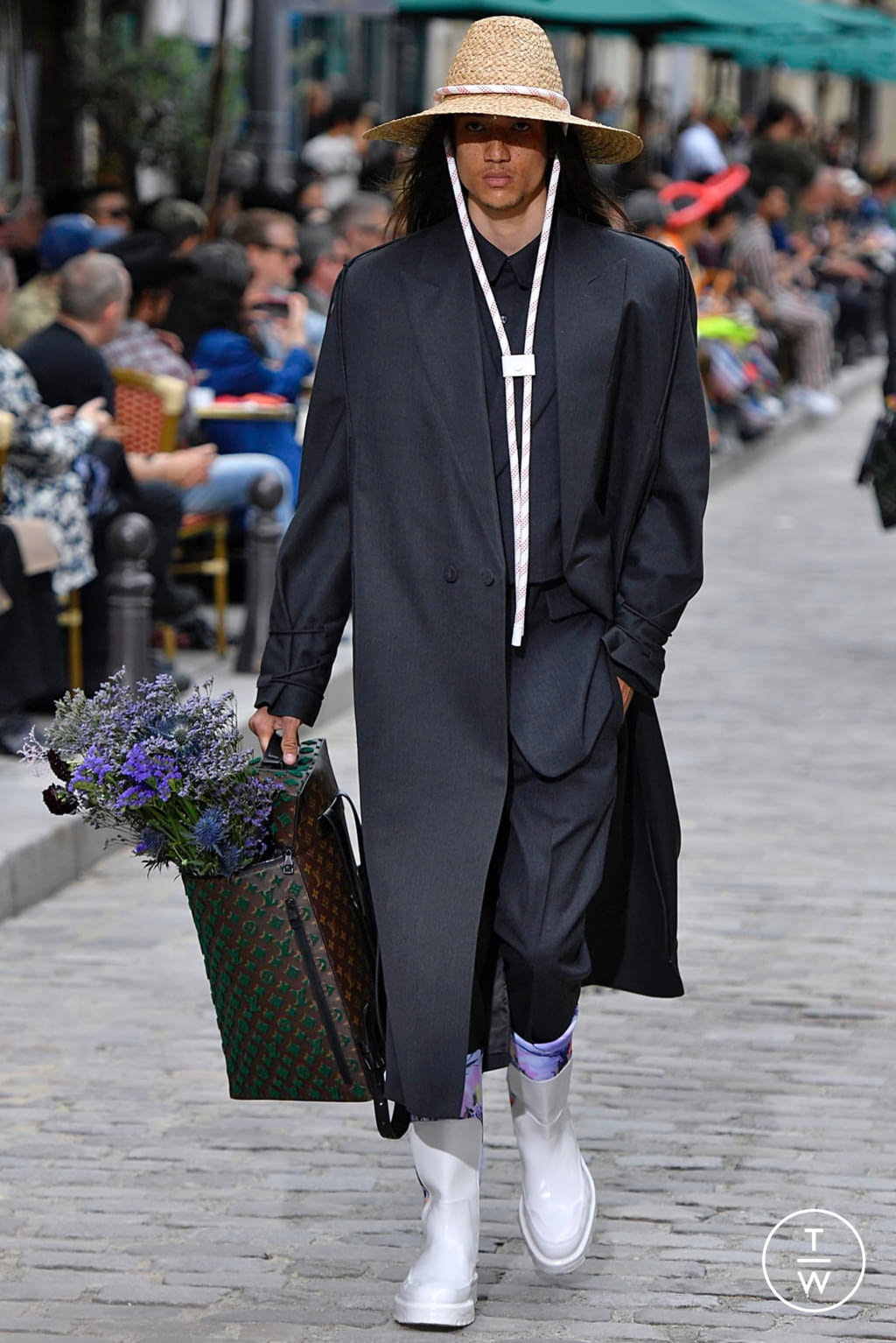Fashion Week Paris Spring/Summer 2020 look 49 from the Louis Vuitton collection menswear