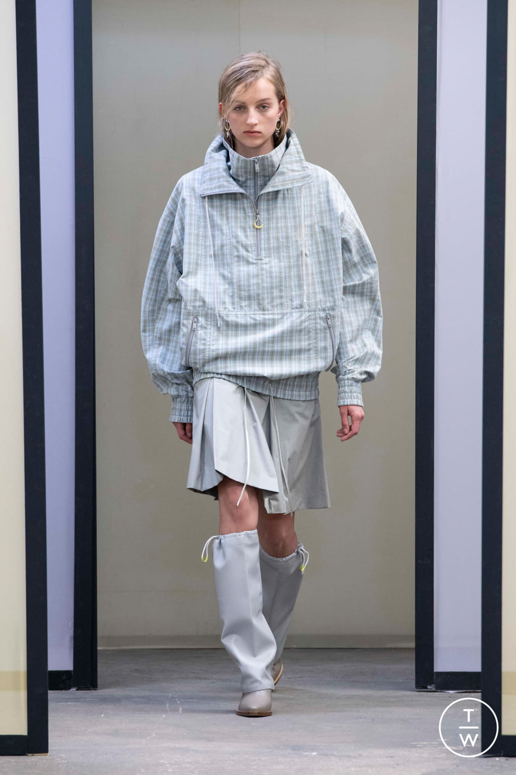 Fashion Week Paris Spring/Summer 2020 look 24 from the Maison Kitsuné collection menswear