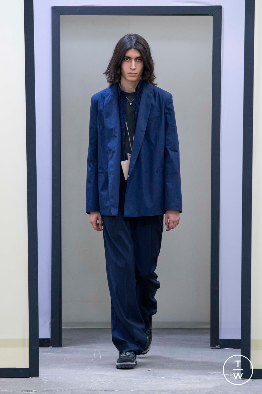 Fashion Week Paris Spring/Summer 2020 look 27 from the Maison Kitsuné collection menswear