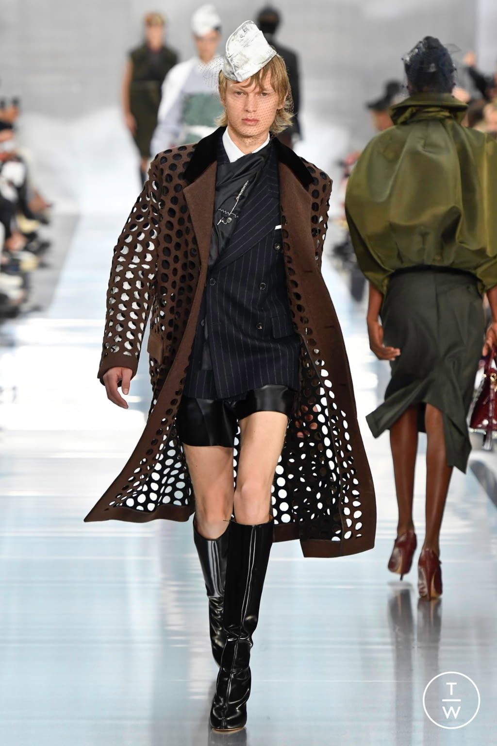 Fashion Week Paris Spring/Summer 2020 look 7 from the Maison Margiela collection womenswear