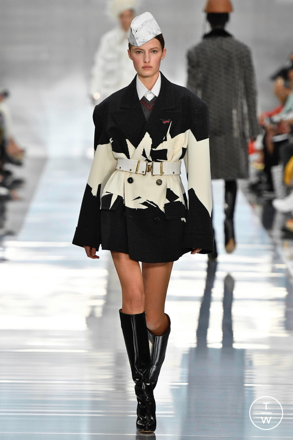 Fashion Week Paris Spring/Summer 2020 look 12 from the Maison Margiela collection womenswear