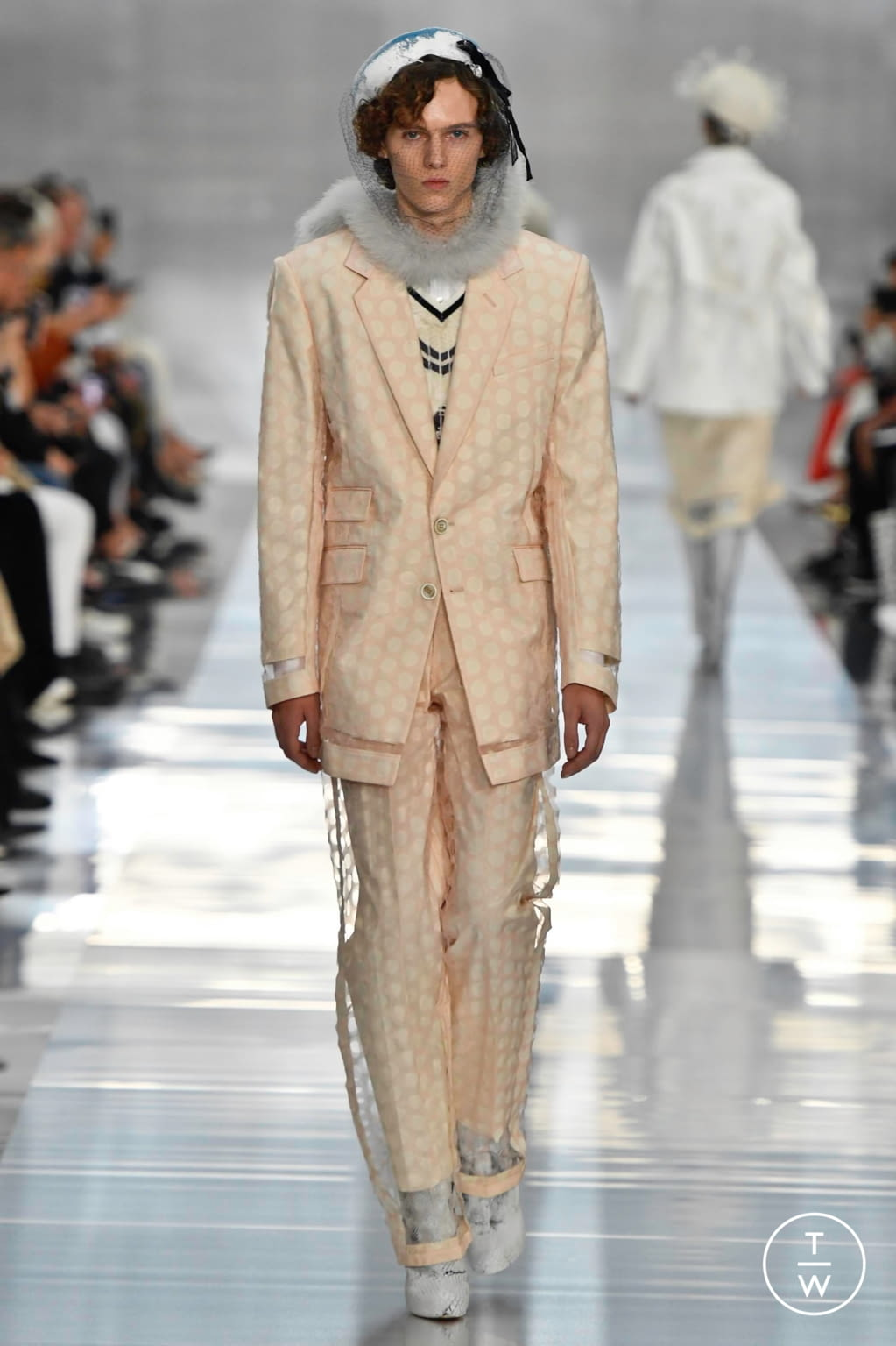 Fashion Week Paris Spring/Summer 2020 look 15 from the Maison Margiela collection womenswear