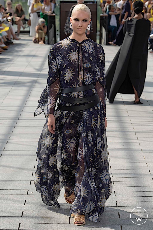 Fashion Week Paris Fall/Winter 2019 look 49 de la collection Maison Rabih Kayrouz couture