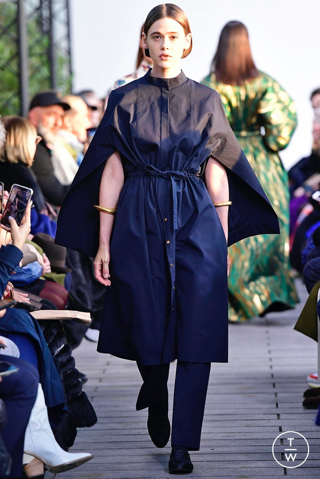Fashion Week Paris Spring/Summer 2019 look 2 from the Maison Rabih Kayrouz collection couture