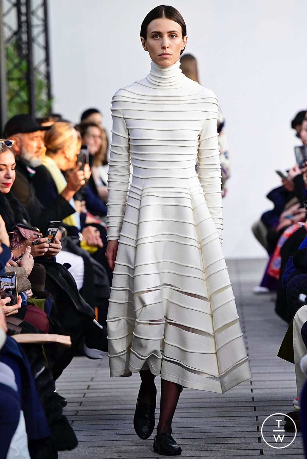 Fashion Week Paris Spring/Summer 2019 look 4 from the Maison Rabih Kayrouz collection couture