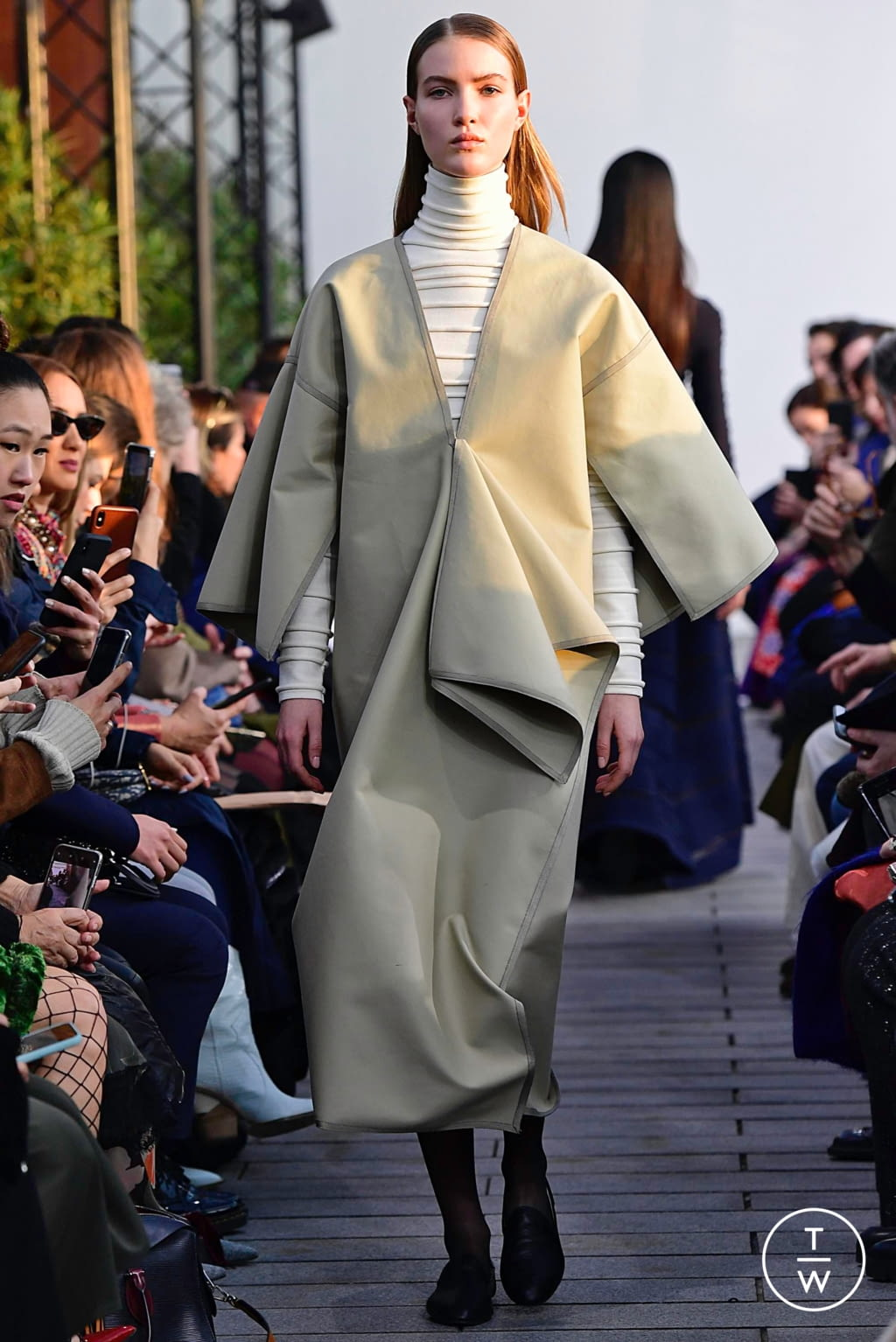 Fashion Week Paris Spring/Summer 2019 look 6 from the Maison Rabih Kayrouz collection 高级定制
