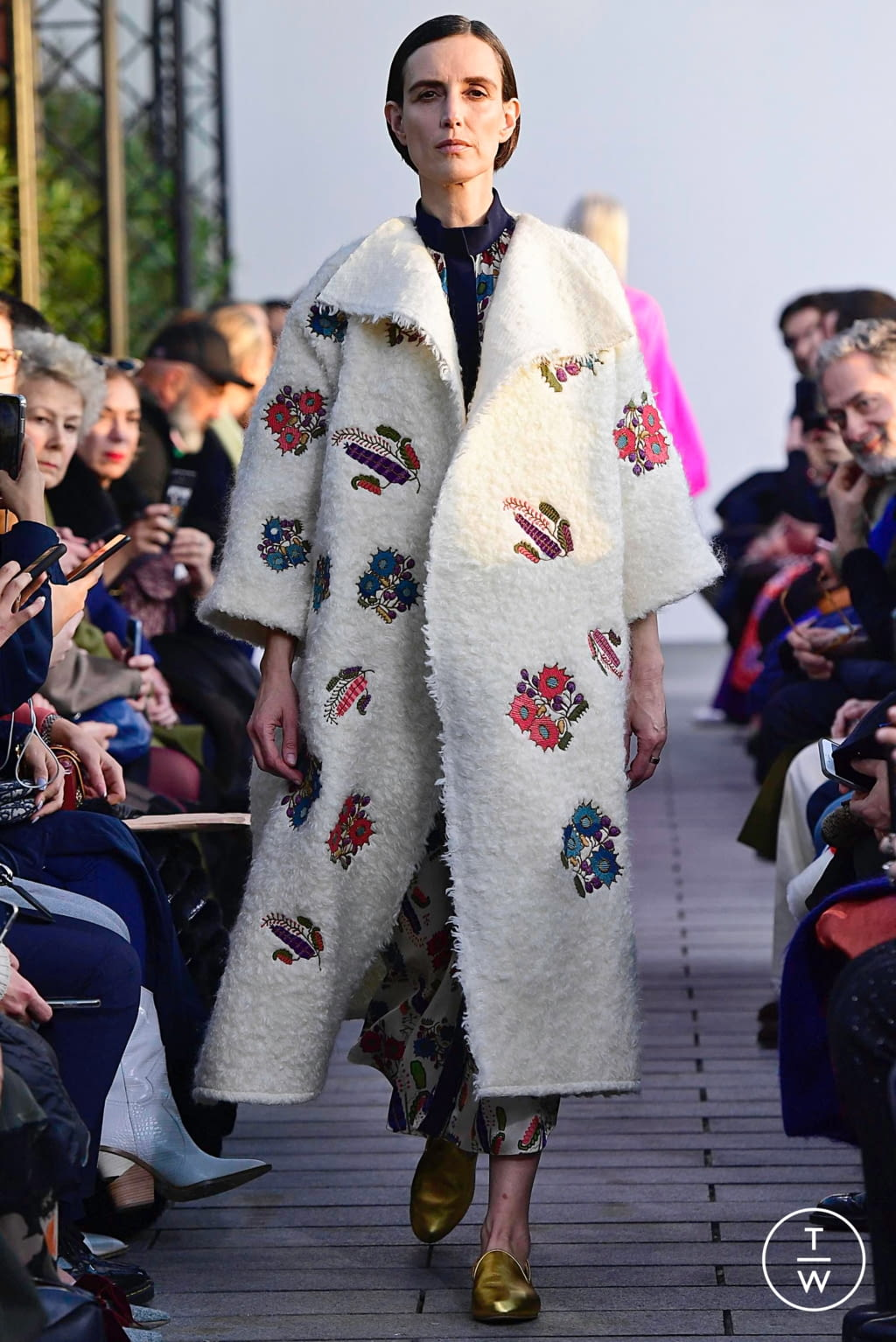 Fashion Week Paris Spring/Summer 2019 look 8 from the Maison Rabih Kayrouz collection couture