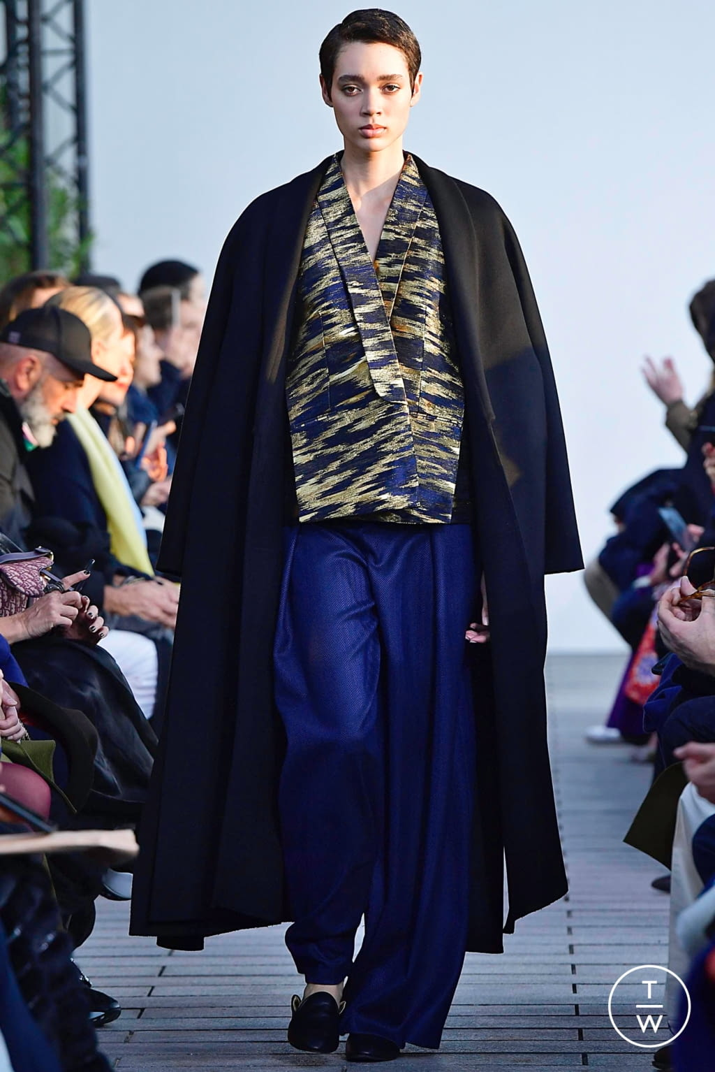 Fashion Week Paris Spring/Summer 2019 look 9 from the Maison Rabih Kayrouz collection couture