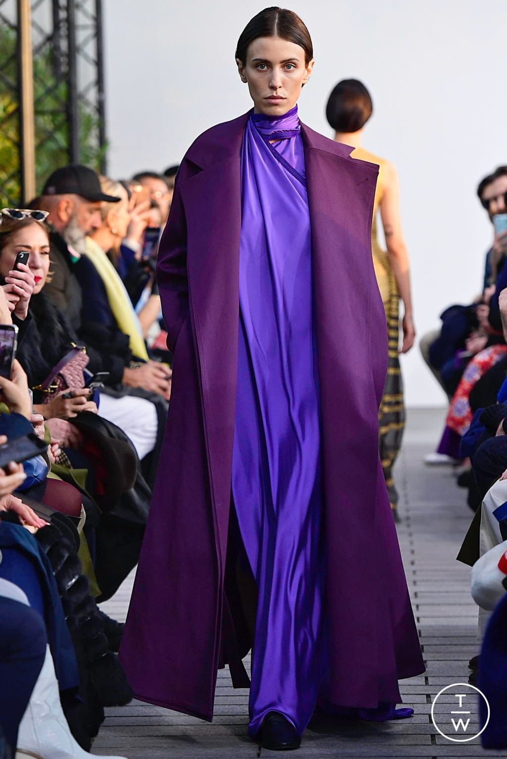 Fashion Week Paris Spring/Summer 2019 look 13 from the Maison Rabih Kayrouz collection couture