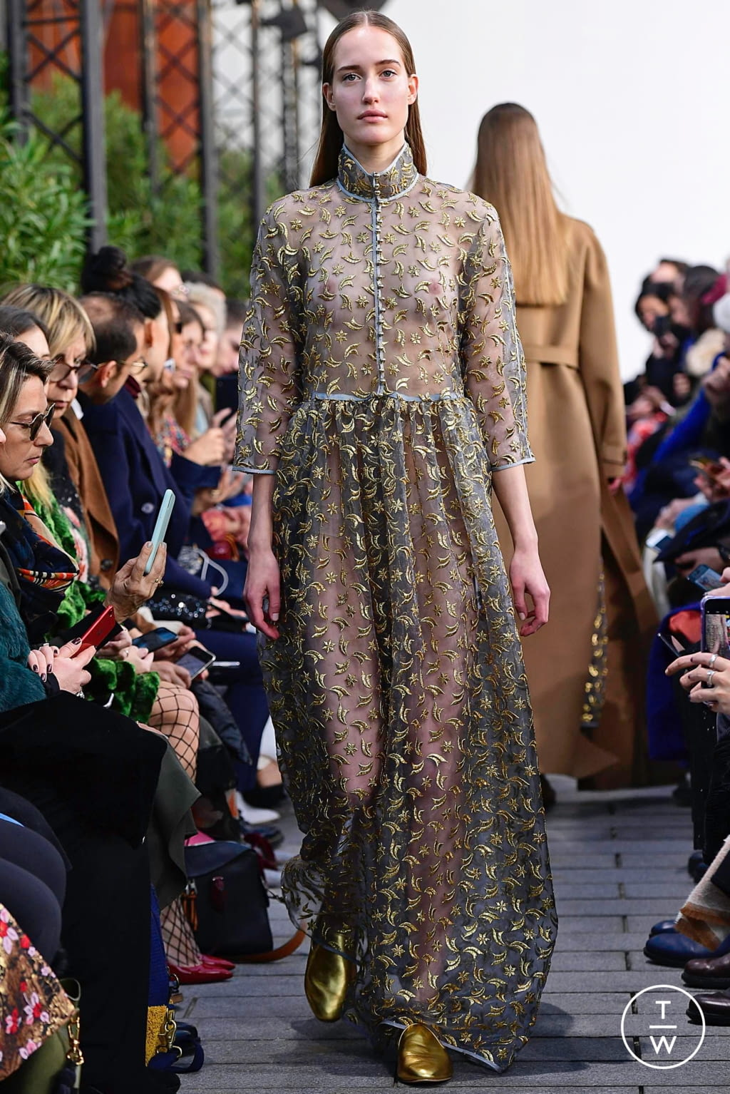 Fashion Week Paris Spring/Summer 2019 look 20 from the Maison Rabih Kayrouz collection couture
