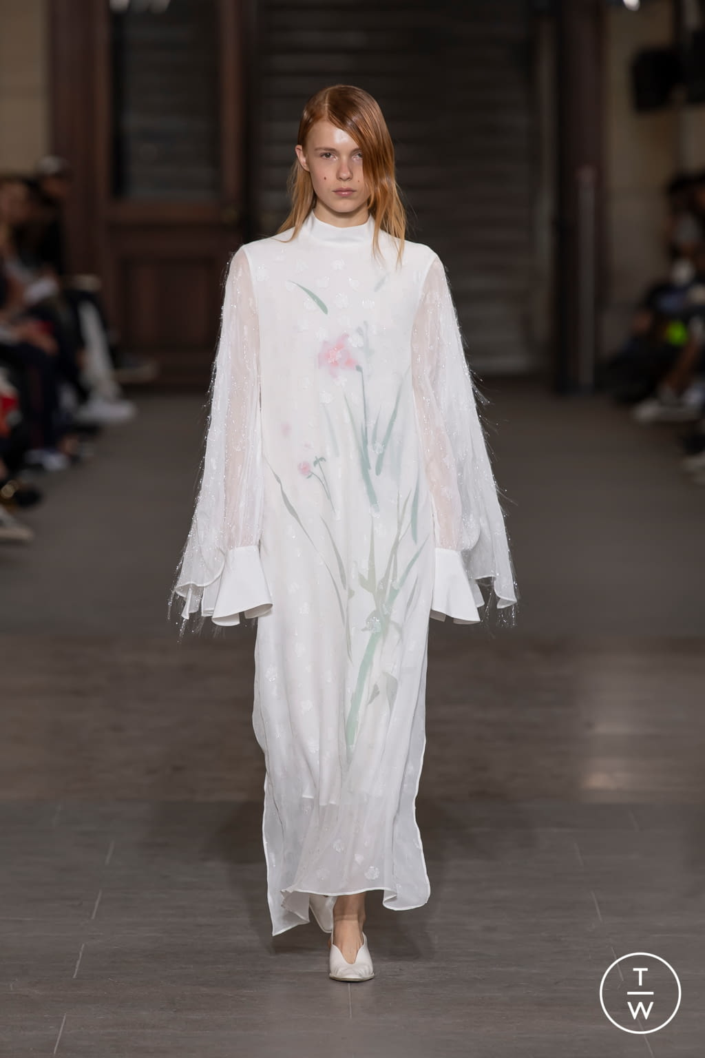 Fashion Week Paris Spring/Summer 2020 look 2 from the Mame Kurogouchi collection womenswear