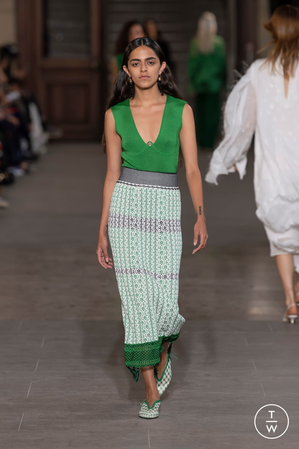 Fashion Week Paris Spring/Summer 2020 look 3 from the Mame Kurogouchi collection womenswear