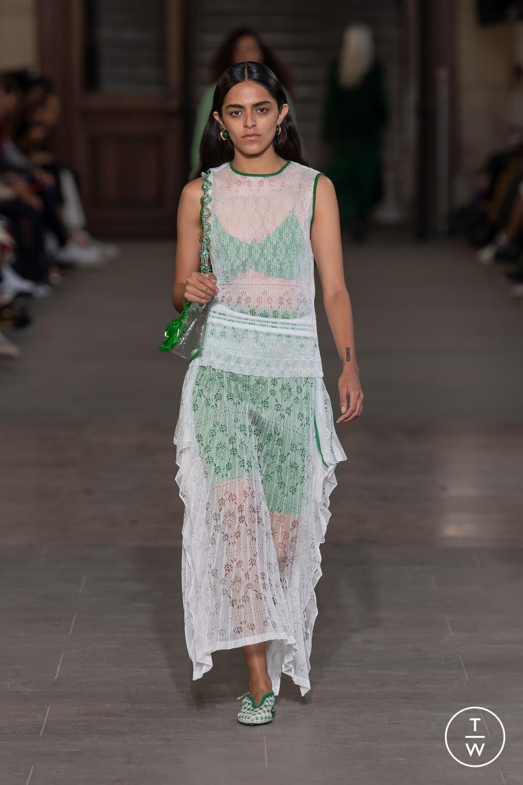 Fashion Week Paris Spring/Summer 2020 look 23 from the Mame Kurogouchi collection womenswear