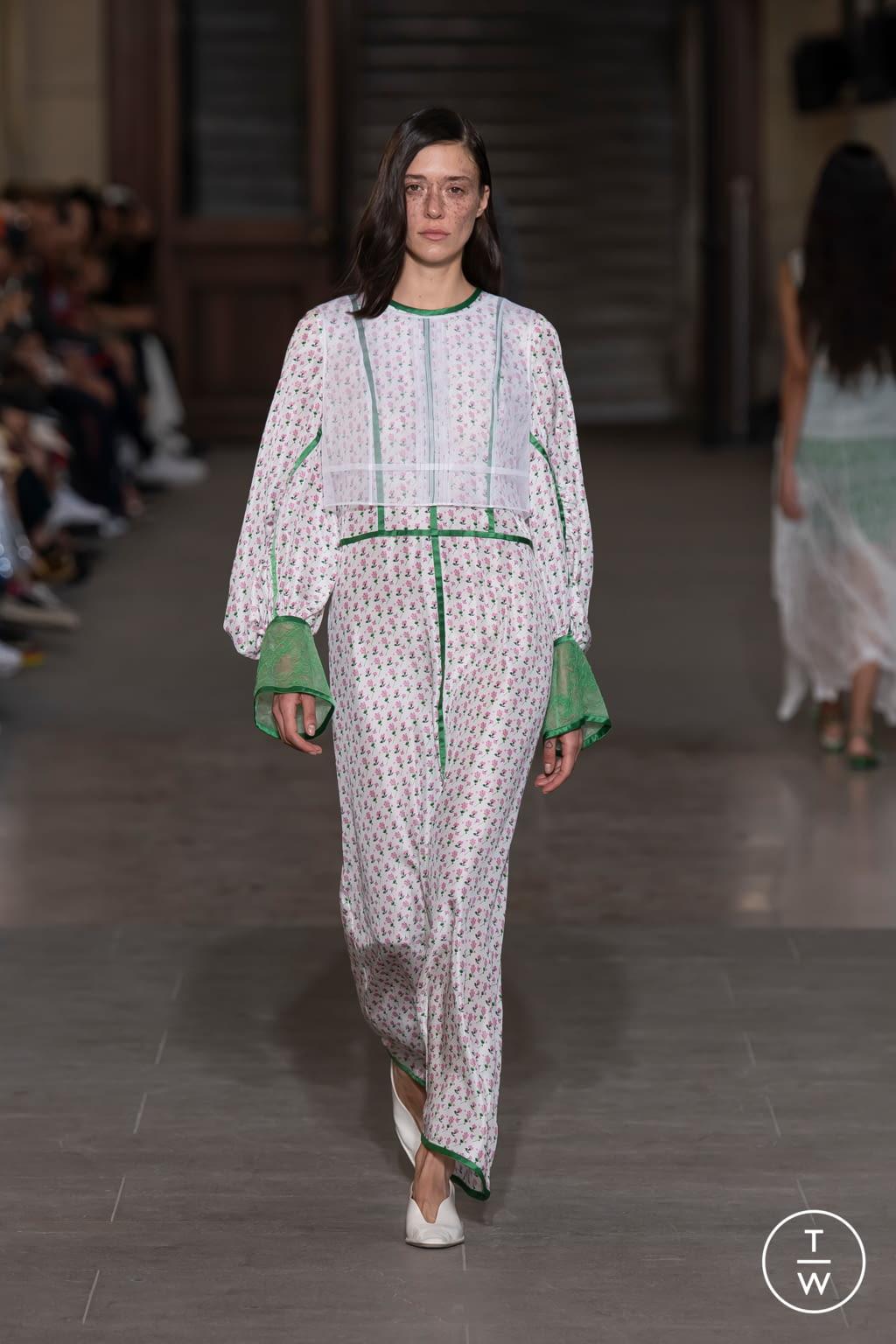Fashion Week Paris Spring/Summer 2020 look 25 from the Mame Kurogouchi collection womenswear
