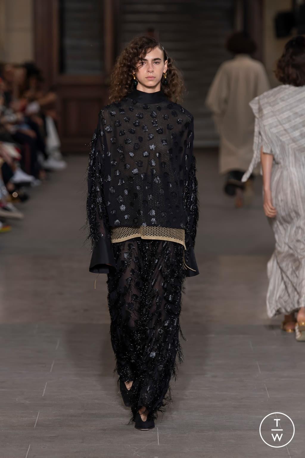 Fashion Week Paris Spring/Summer 2020 look 29 from the Mame Kurogouchi collection womenswear