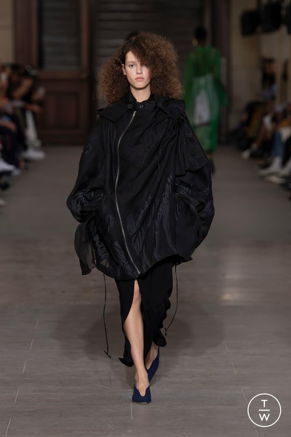 Fashion Week Paris Spring/Summer 2020 look 32 from the Mame Kurogouchi collection womenswear