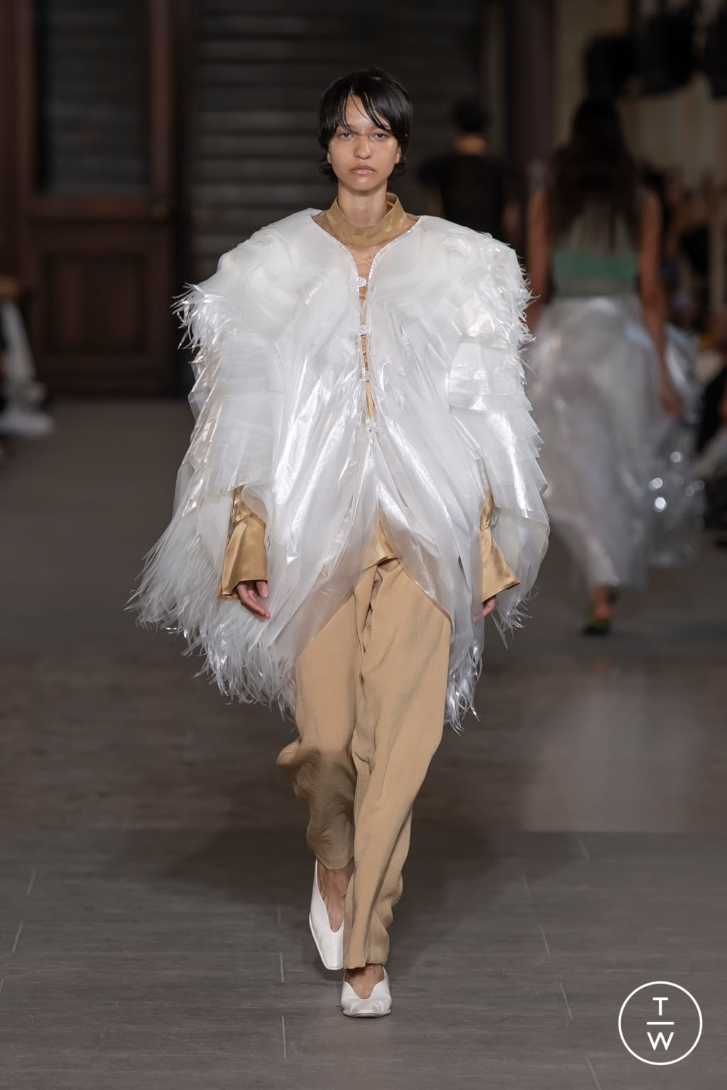 Fashion Week Paris Spring/Summer 2020 look 36 from the Mame Kurogouchi collection womenswear
