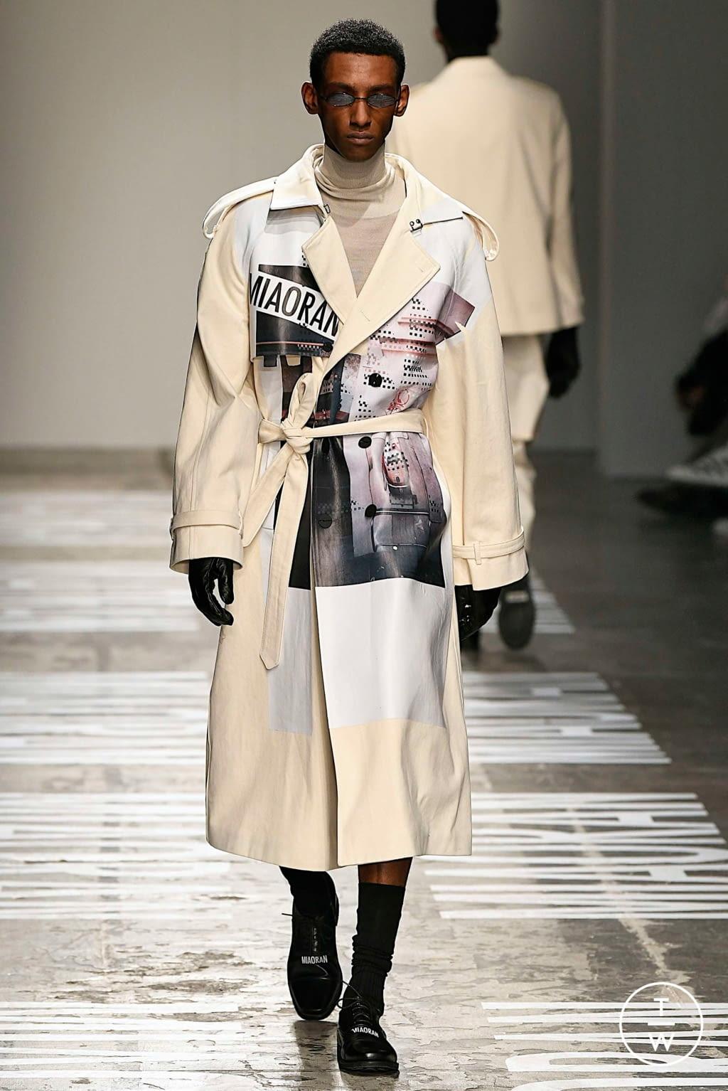 Fashion Week Milan Fall/Winter 2019 look 25 from the Miaoran collection menswear
