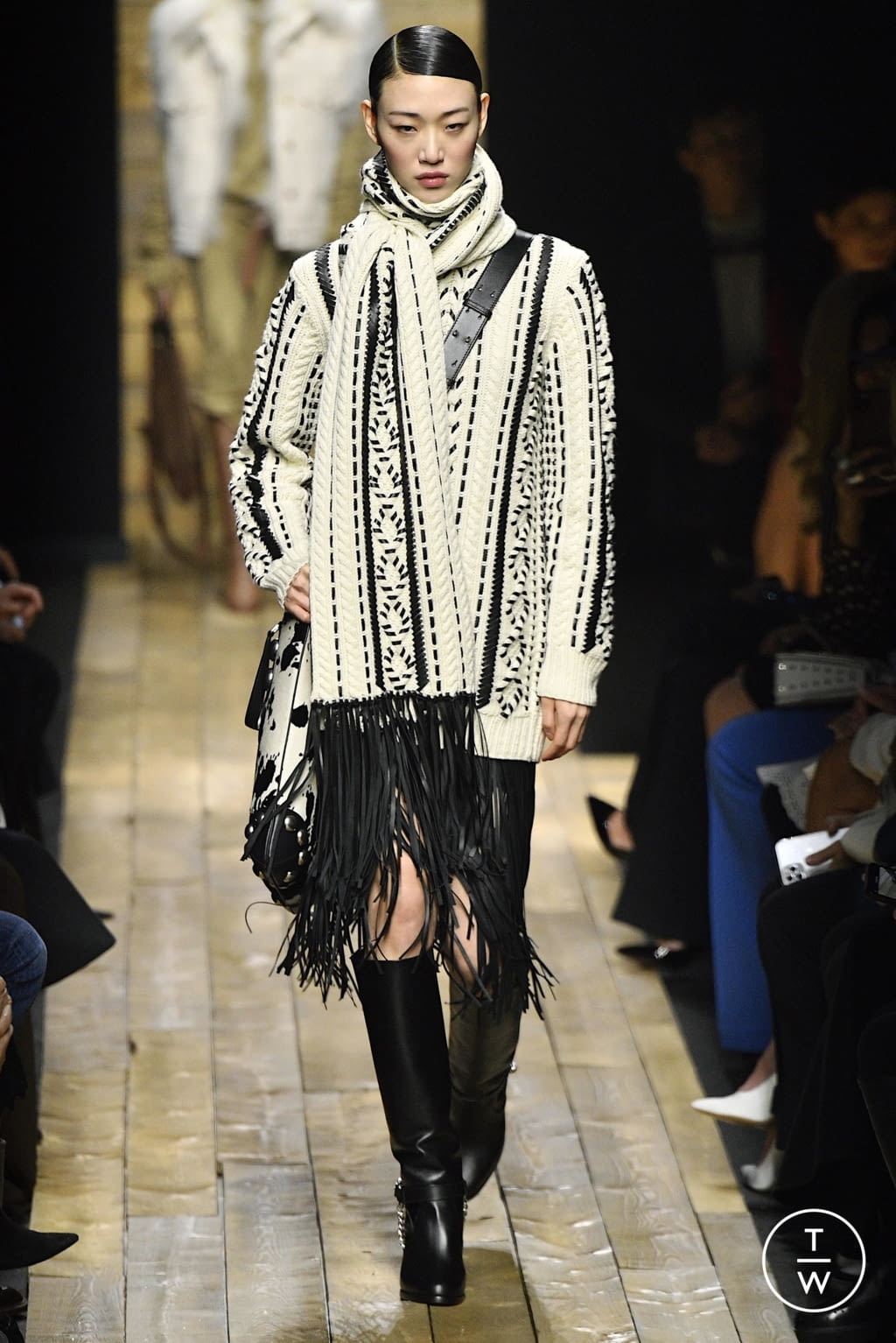 Fashion Week New York Fall/Winter 2020 look 9 from the Michael Kors Collection collection 女装