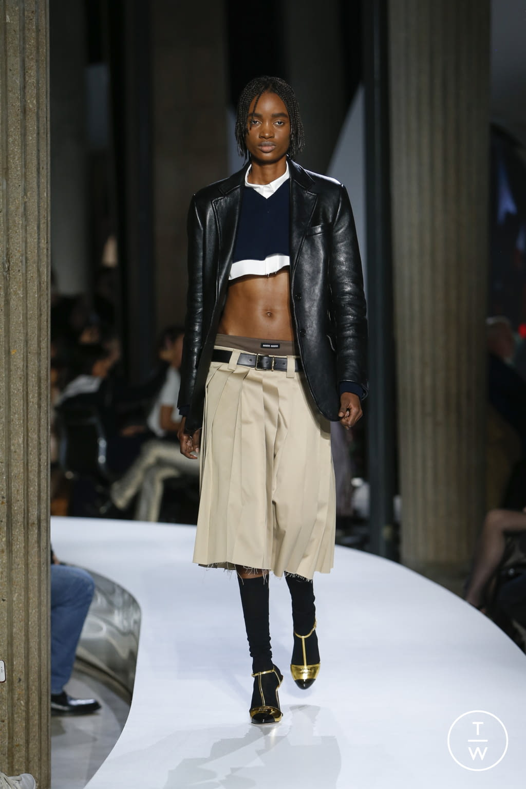Fashion Week Paris Spring/Summer 2022 look 7 from the Miu Miu collection womenswear