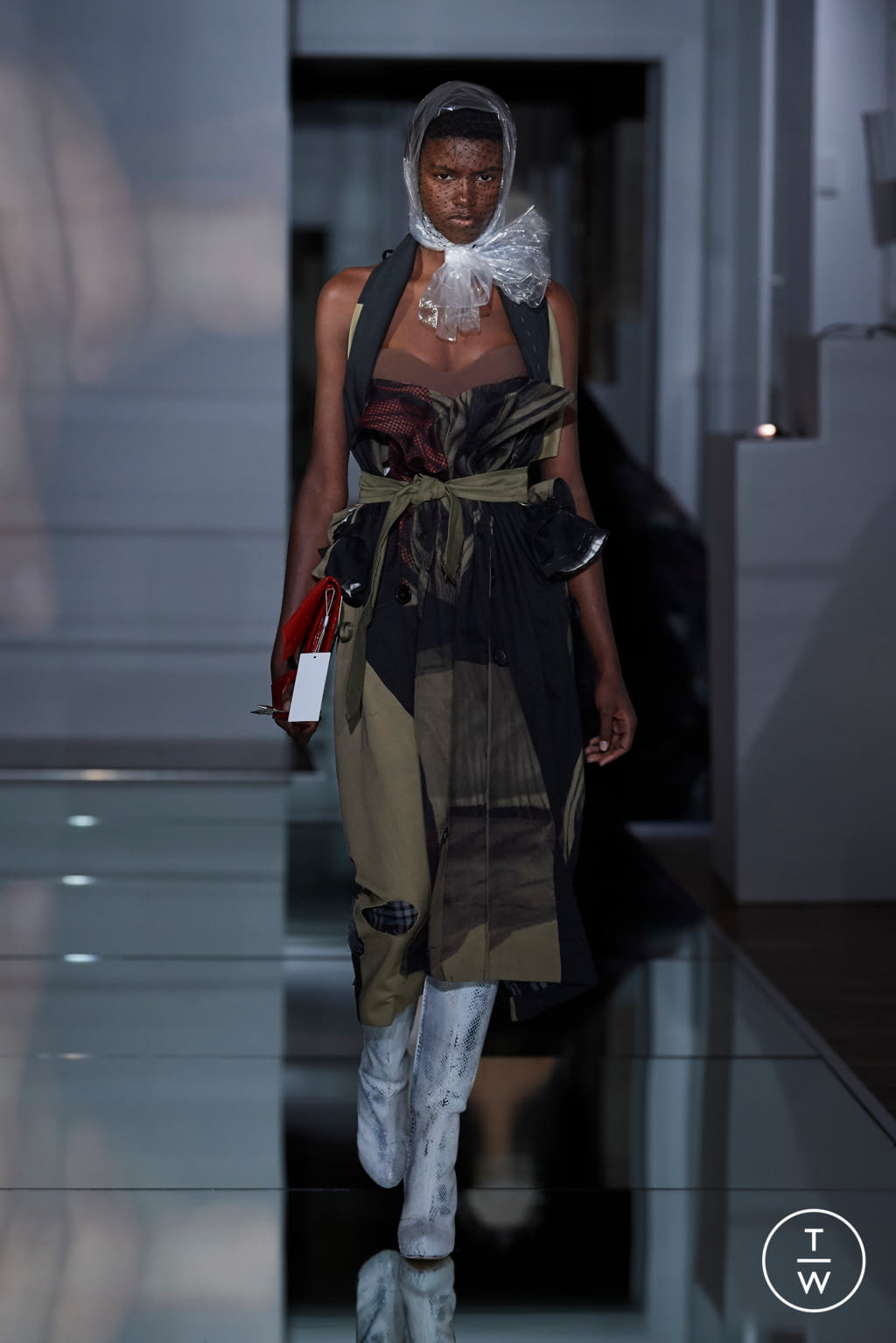 Fashion Week Paris Fall/Winter 2019 look 27 from the Maison Margiela collection couture