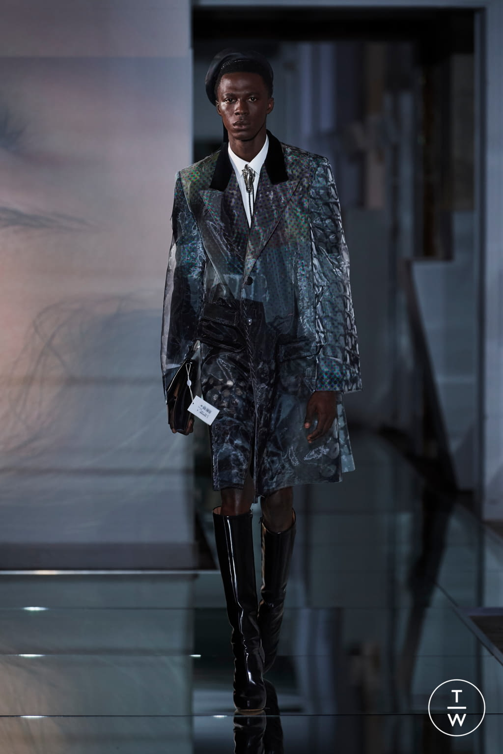 Fashion Week Paris Fall/Winter 2019 look 28 from the Maison Margiela collection couture