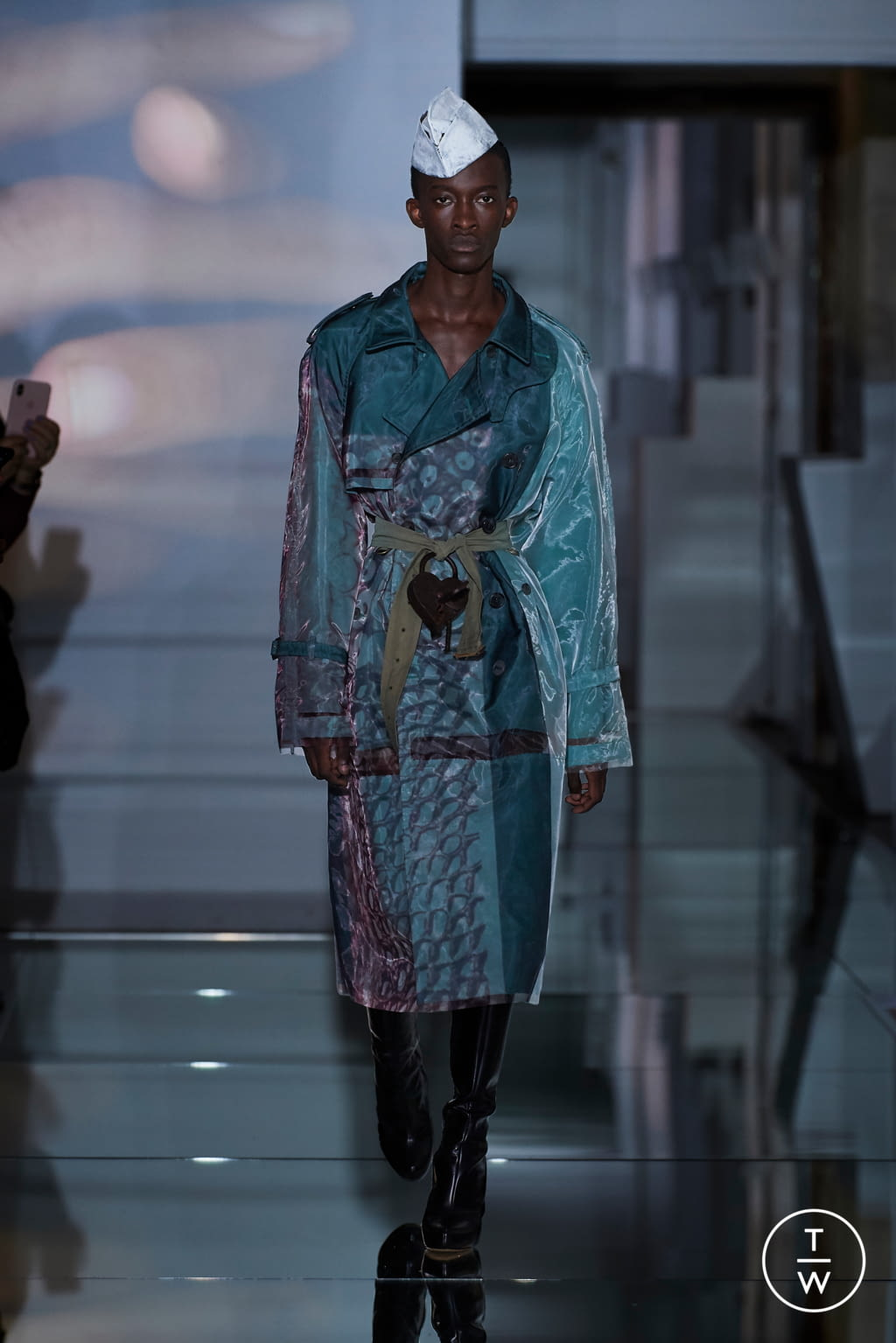 Fashion Week Paris Fall/Winter 2019 look 36 from the Maison Margiela collection couture