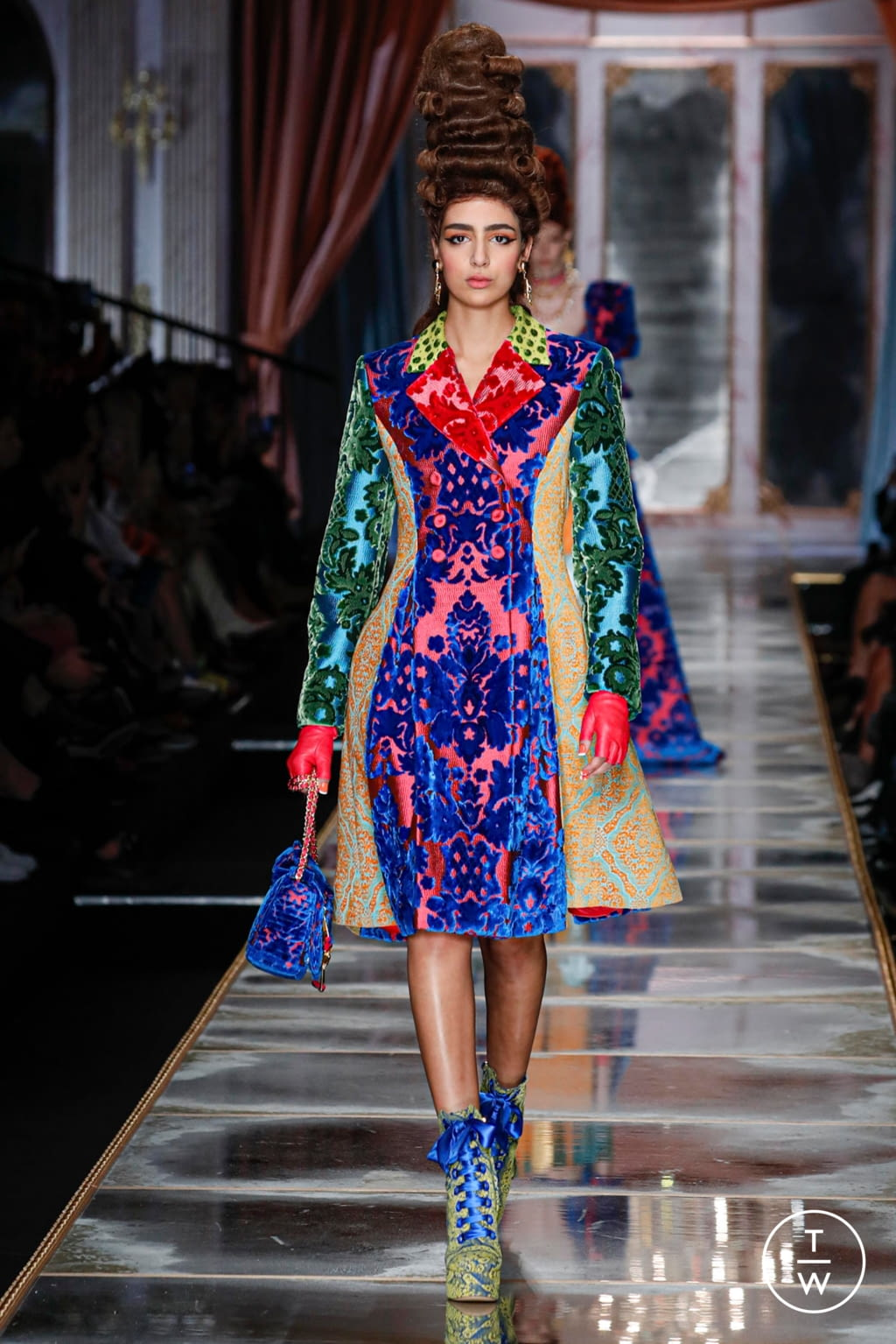 Fashion Week Milan Fall/Winter 2020 look 45 from the Moschino collection womenswear