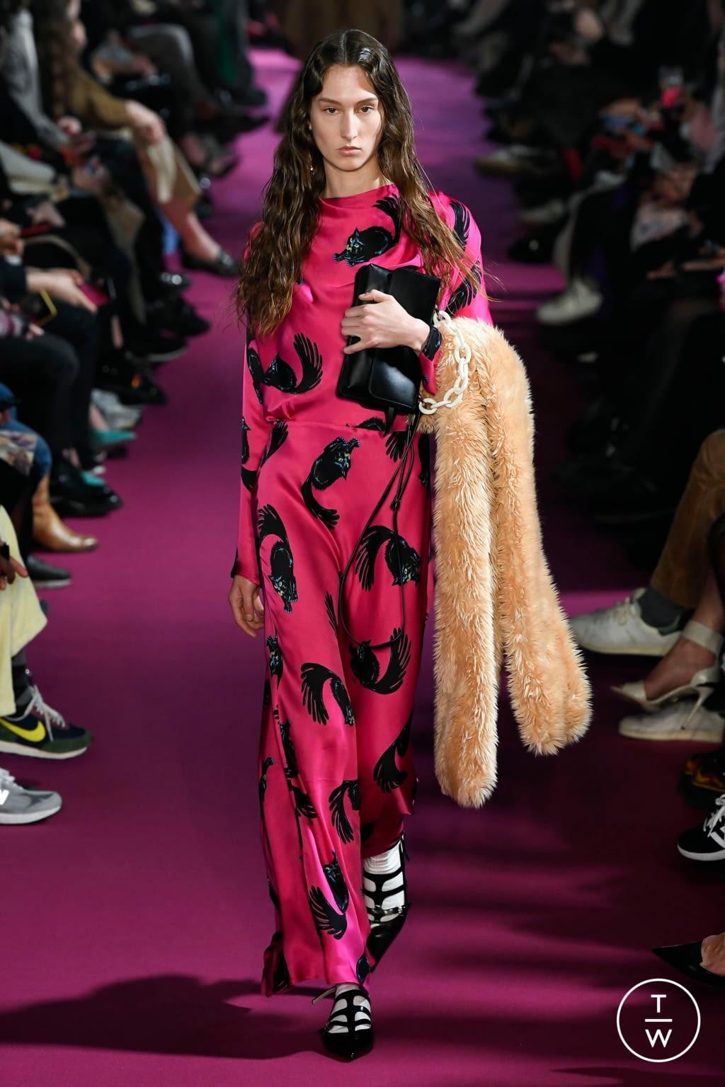Fashion Week Milan Fall/Winter 2020 look 39 de la collection MSGM womenswear
