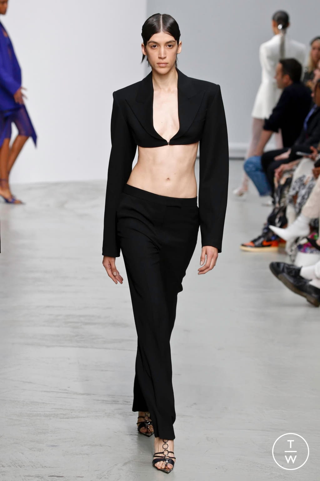 Fashion Week Paris Spring/Summer 2020 look 7 from the Mugler collection womenswear