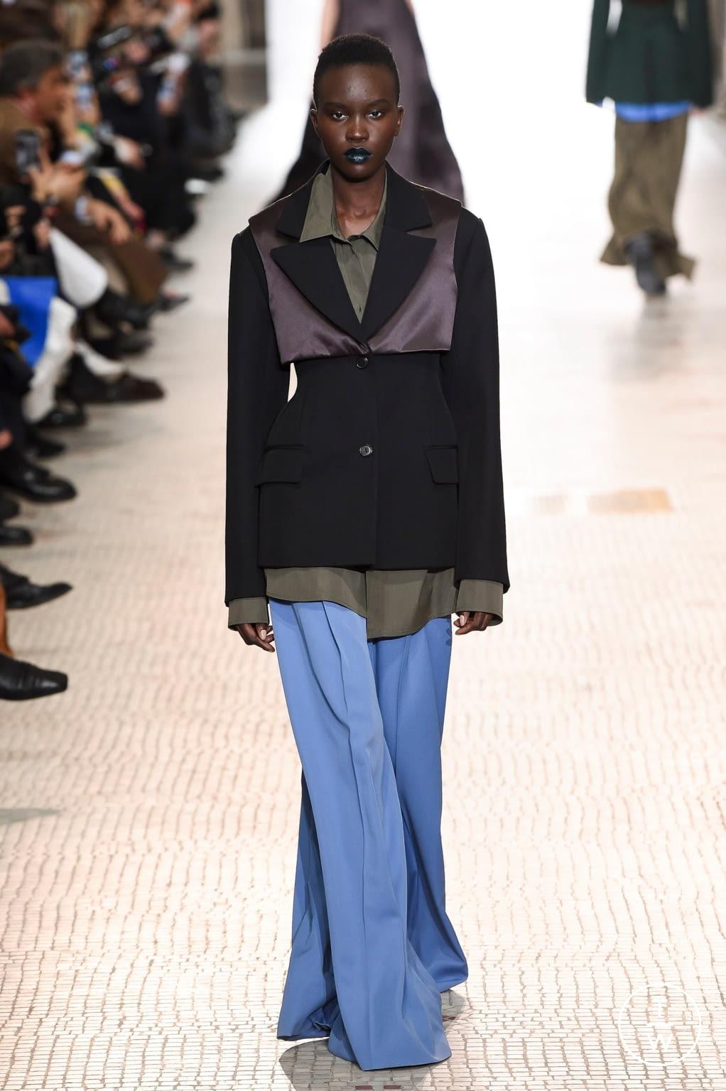 Fashion Week Paris Fall/Winter 2020 look 15 from the Nina Ricci collection womenswear
