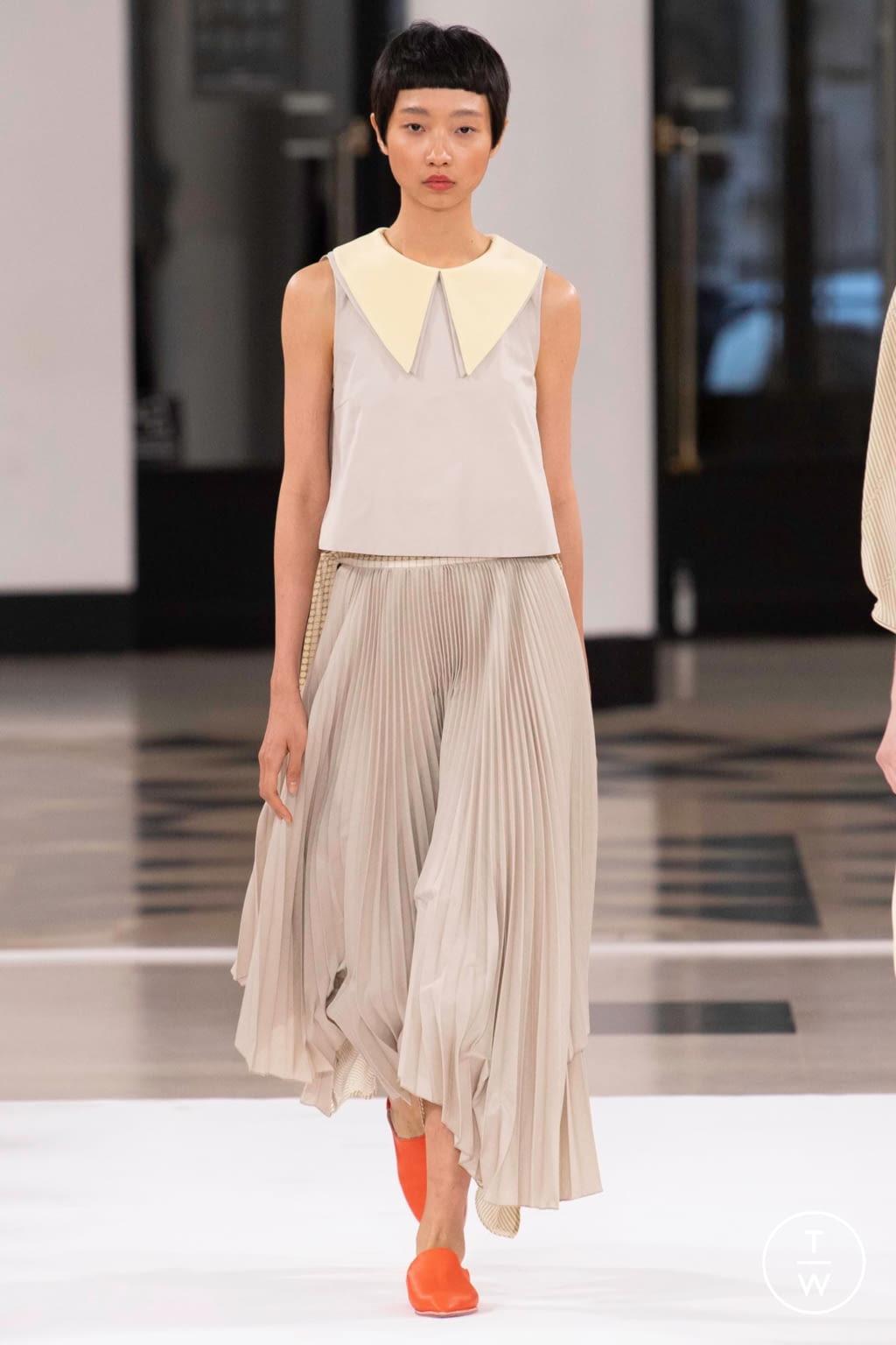 Fashion Week Paris Spring/Summer 2019 look 30 from the Nobi Talai collection womenswear