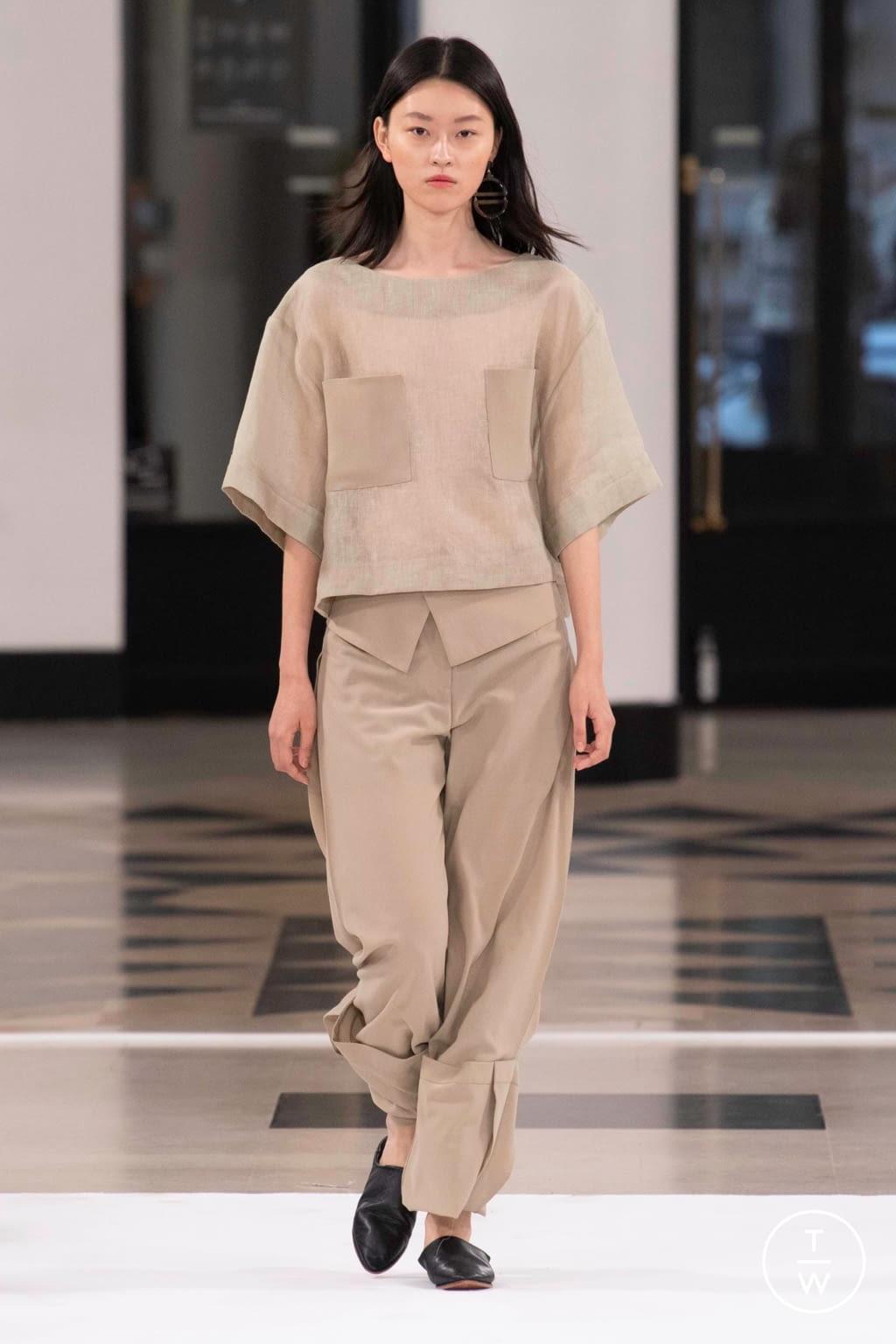 Fashion Week Paris Spring/Summer 2019 look 31 from the Nobi Talai collection womenswear