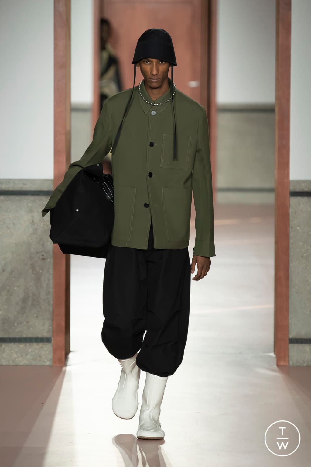 Fashion Week Paris Fall/Winter 2020 look 15 de la collection OAMC menswear