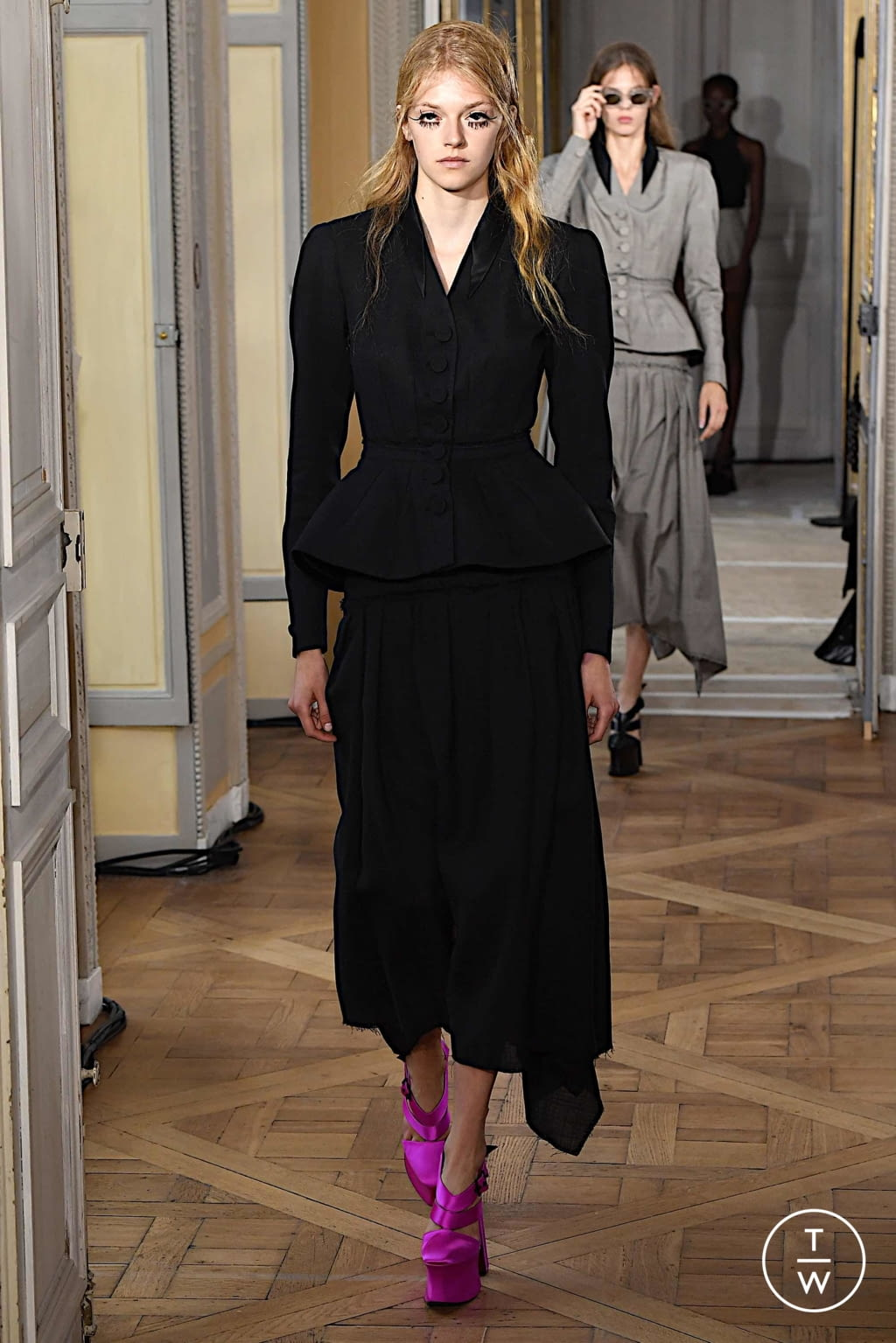 Fashion Week Paris Spring/Summer 2020 look 20 from the Olivier Theyskens collection womenswear