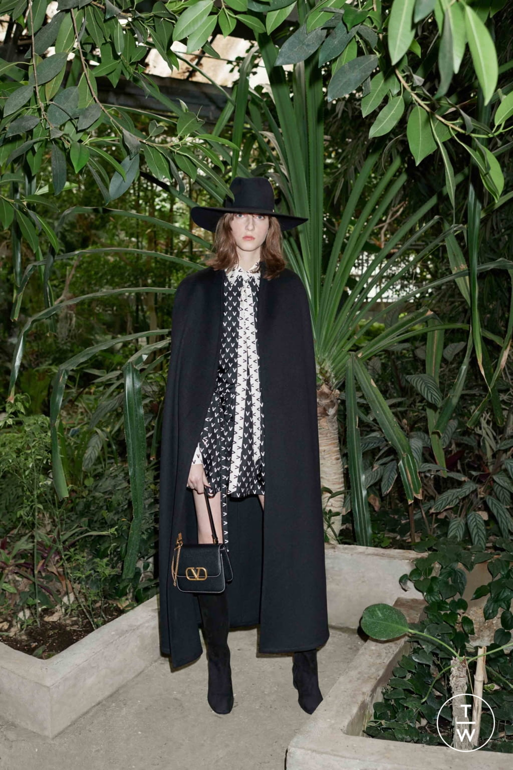 Fashion Week Paris Resort 2020 look 7 from the Valentino collection womenswear