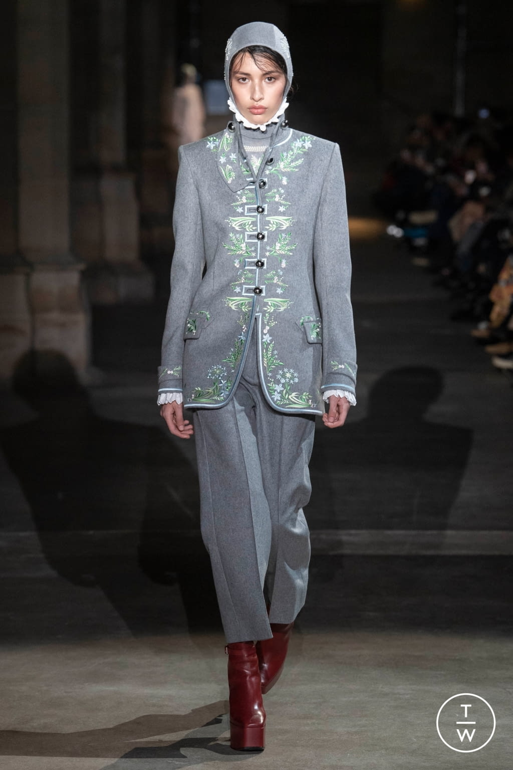 Fashion Week Paris Fall/Winter 2020 look 18 from the Paco Rabanne collection womenswear