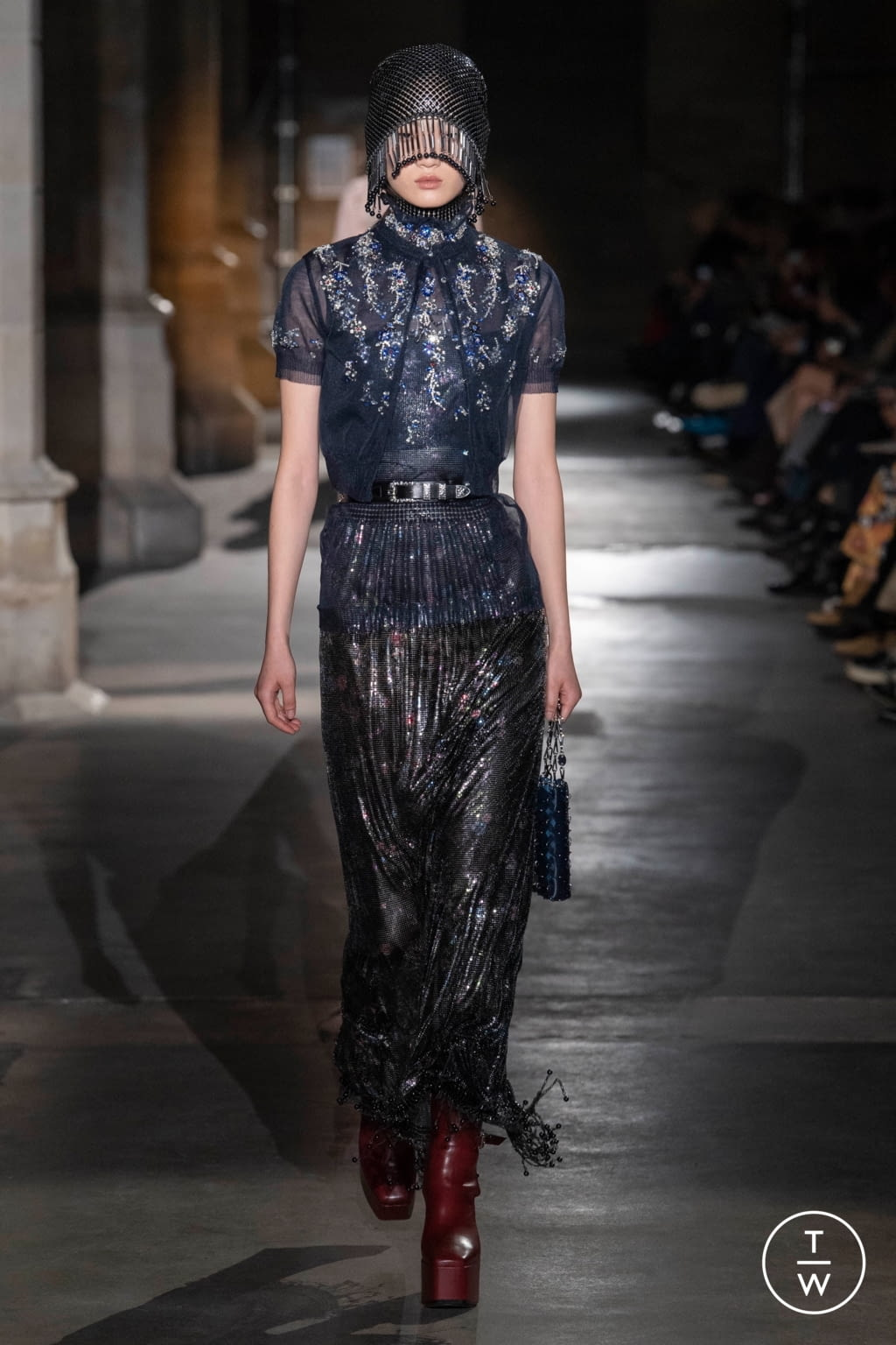 Fashion Week Paris Fall/Winter 2020 look 20 from the Paco Rabanne collection womenswear
