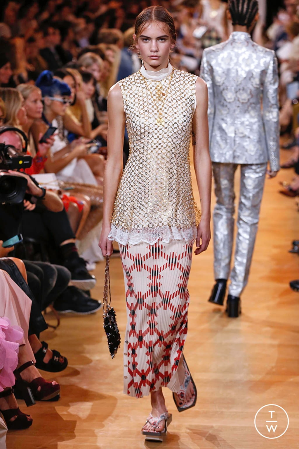 Fashion Week Paris Spring/Summer 2019 look 12 from the Paco Rabanne collection womenswear