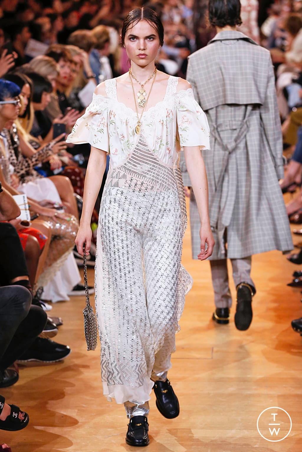 Fashion Week Paris Spring/Summer 2019 look 30 de la collection Paco Rabanne womenswear