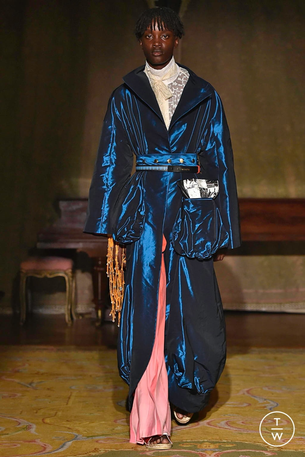 Fashion Week Paris Spring/Summer 2020 look 19 from the Palomo Spain collection menswear