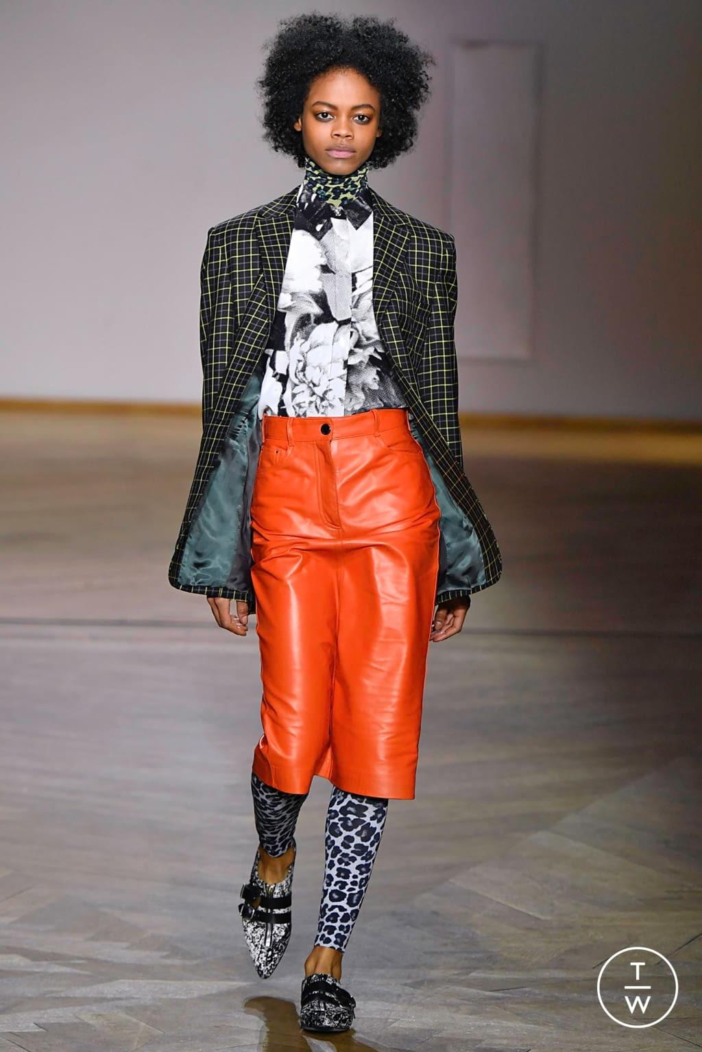 Fashion Week Paris Fall/Winter 2019 look 20 de la collection Paul Smith menswear
