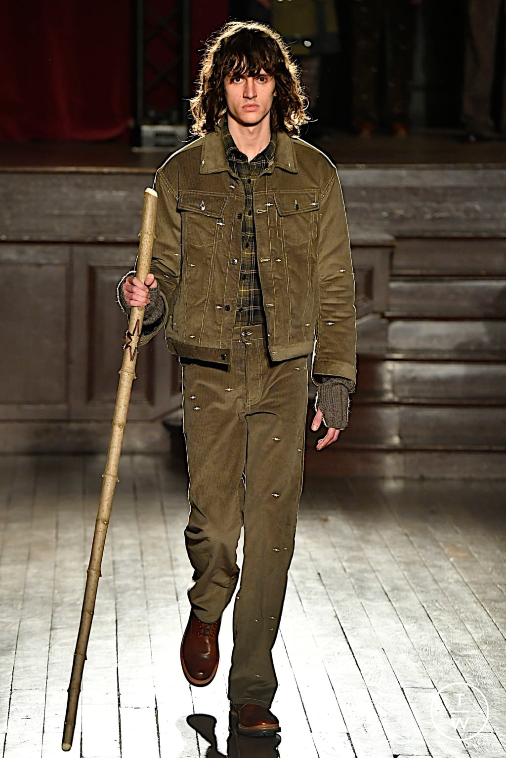 Fashion Week Paris Fall/Winter 2020 look 20 from the PHIPPS collection menswear